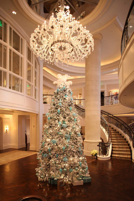 The St Regis Atlanta Transforms Into Winter Wonderland