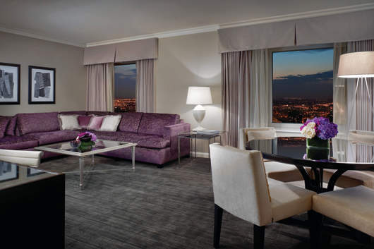 Life Just Got U201csuite Eru201d At Four Seasons Hotel Chicago Where The Newly  Redesigned One And Two Bedroom Superior Suites Come With Their Own Rewards.